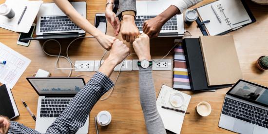 Cara Baru Korporasi dan Perusahaan Rintisan Maju Bersama di Era Revolusi Industri 5.0